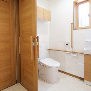奈良の木の家 トイレ