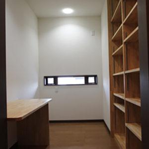 奈良で旧家リフォームなら平野木材 クローク