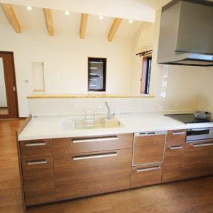奈良で敷地を活かした木の家設計なら平野木材 キッチン