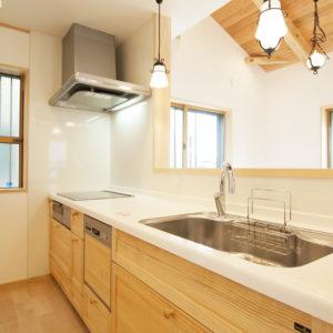 奈良の木と漆喰の家なら平野木材 キッチン