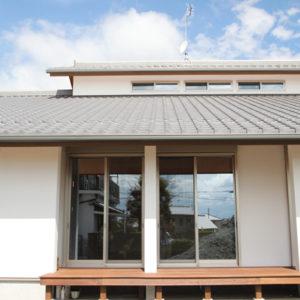 奈良の広いリビングの木の家なら平野木材 外壁