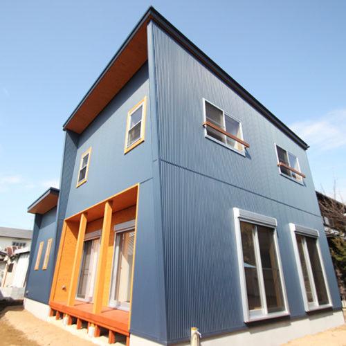 奈良で金属サイディングの木の家なら平野木材 外壁