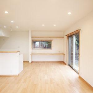奈良で金属サイディングの木の家なら平野木材 リビング