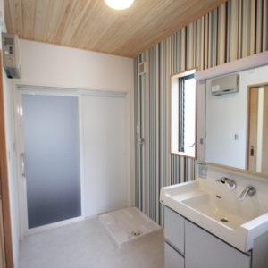 奈良でスタイリッシュな木の家なら平野木材 洗面所