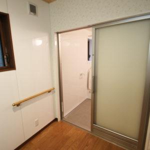 奈良でバリアフリーの木の家 なら平野木材 脱衣所