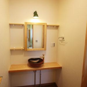 奈良でさくら無垢の木の家 洗面台平野木材