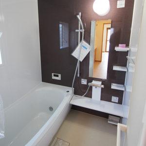 奈良の木の家 浴室