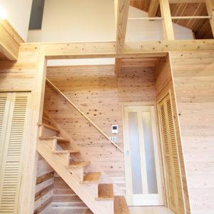 奈良の木の家 階段