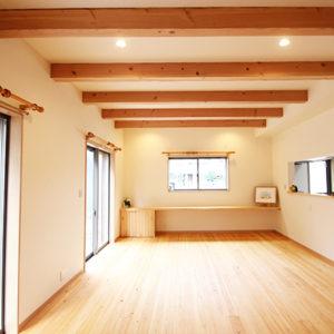 奈良でひのき無垢材の木の家 洋室平野木材