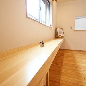 奈良でひのき無垢材の木の家 カウンター平野木材