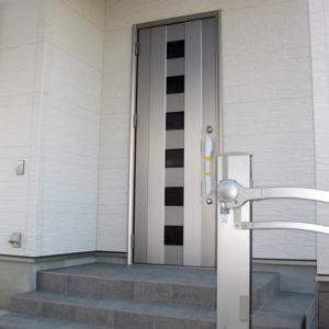 奈良でエコな木の家なら平野木材 玄関