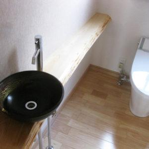 奈良で暮らしやすい木の家なら平野木材 トイレ