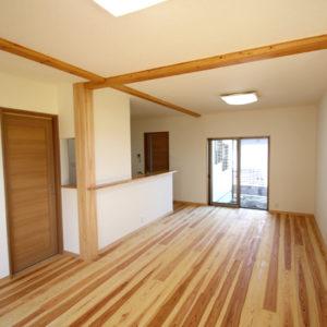 奈良で土地を活かした木の家なら平野木材 リビング