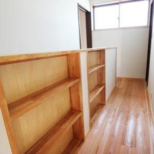 奈良で奈良の木を使った家なら平野木材 造作棚