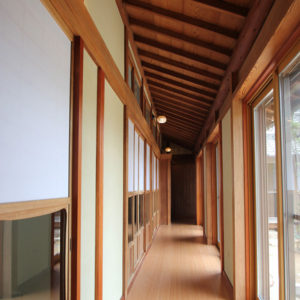 奈良の木の家 廊下