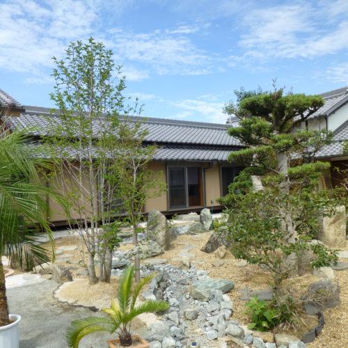 奈良の木の家 庭
