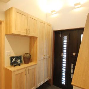 奈良の木の家 二世帯住宅玄関 平野木材