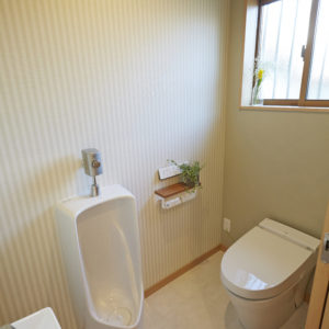 奈良の木の家 ネコと暮すトイレ 平野木材