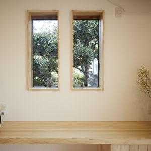 奈良の木の家 小窓