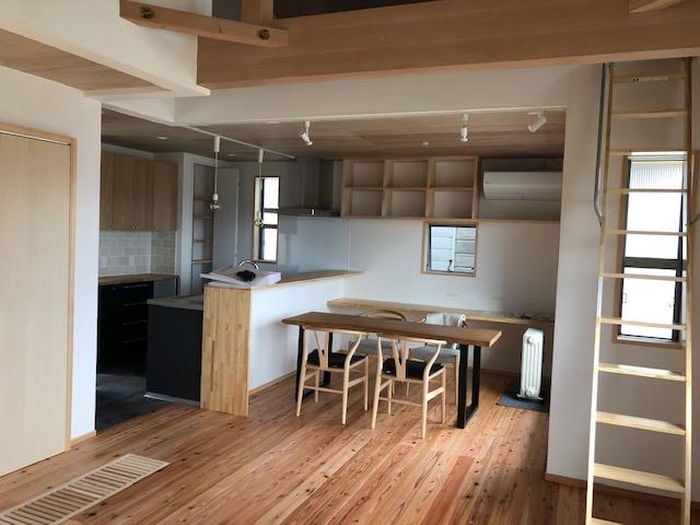奈良で二階リビングの木の家なら平野木材