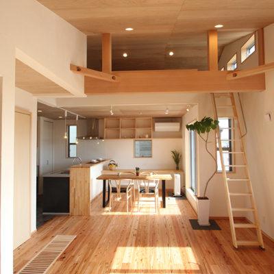 奈良木の家2階リビングなら平野木材