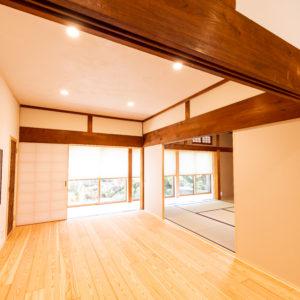 奈良で古民家旧家リフォームの松フローリングなら平野木材
