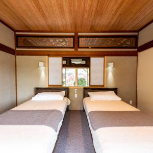 奈良で古民家旧家リフォームの寝室なら平野木材