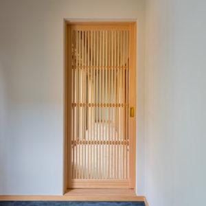 奈良で古民家旧家リフォームの格子建具なら平野木材