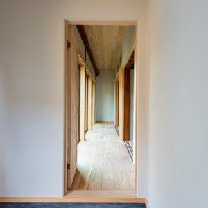 奈良で古民家旧家リフォームの広縁なら平野木材