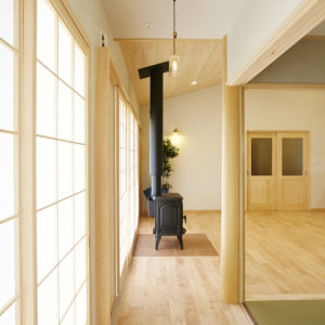 奈良で広縁のある木の家なら平野木材