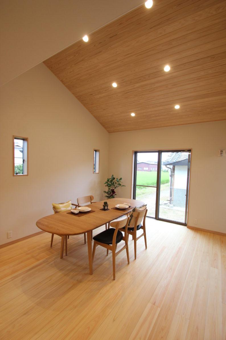 奈良で注文住宅の木の家リビングなら平野木材