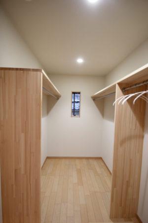 奈良で注文住宅の木の家クローゼットなら平野木材