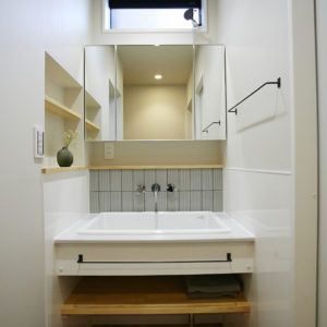 奈良で木の家注文集宅洗面室なら平野木材