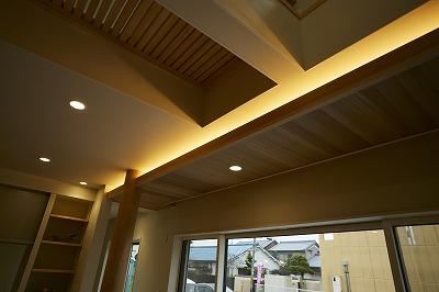 奈良で木の家間接照明なら平野木材
