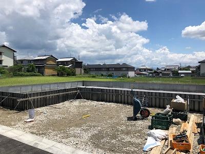 奈良の木の家注文住宅工務店の平野木材が新築する土地の基礎工事