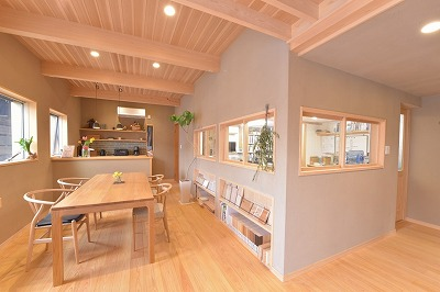 奈良でシラス壁を使った工務店なら平野木材
