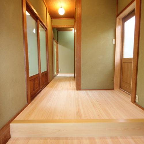 奈良で古民家旧家の玄関リフォームなら木の家注文住宅の工務店平野木材へ